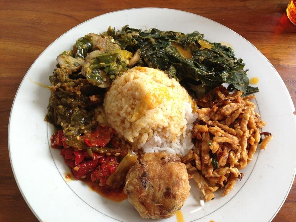 Indonesian food - A glimpse of typical Indonesian dish