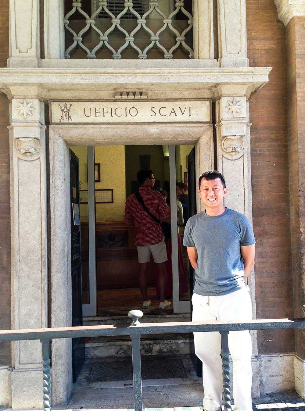 How To Book The Vatican City Scavi Tour And View St. Peter
