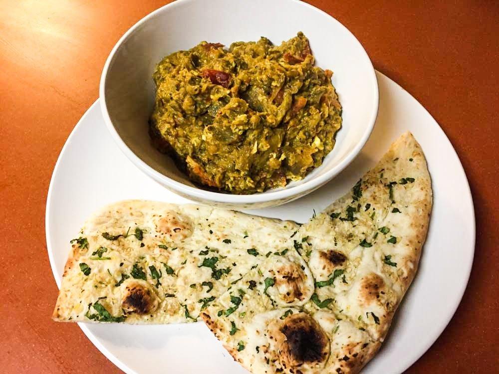 Mizra Ghasemi recipe - food on the plate