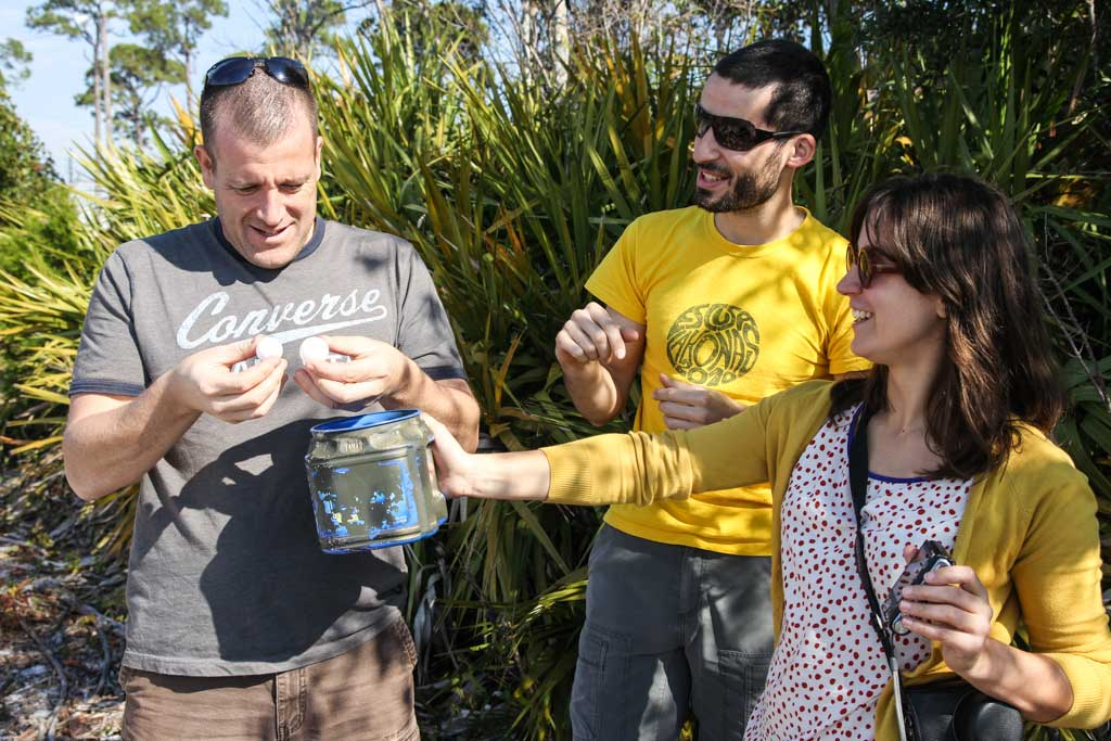 How to be a great Couchsurfing host - Geocaching