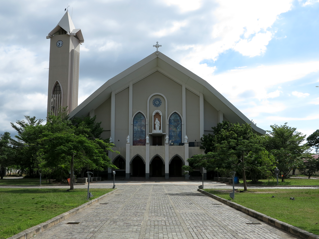 things to do in Dili - Dili cathedral