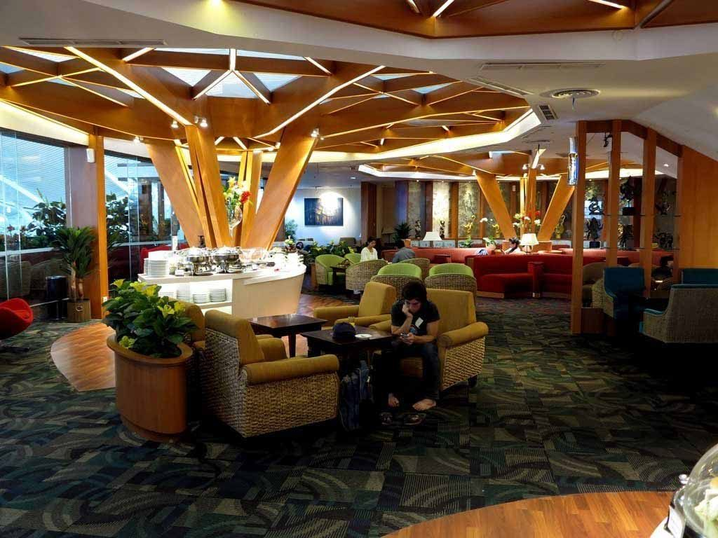 premier lounge seating area