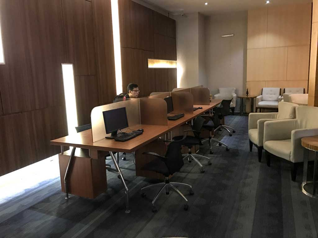 premier lounge jakarta - business center