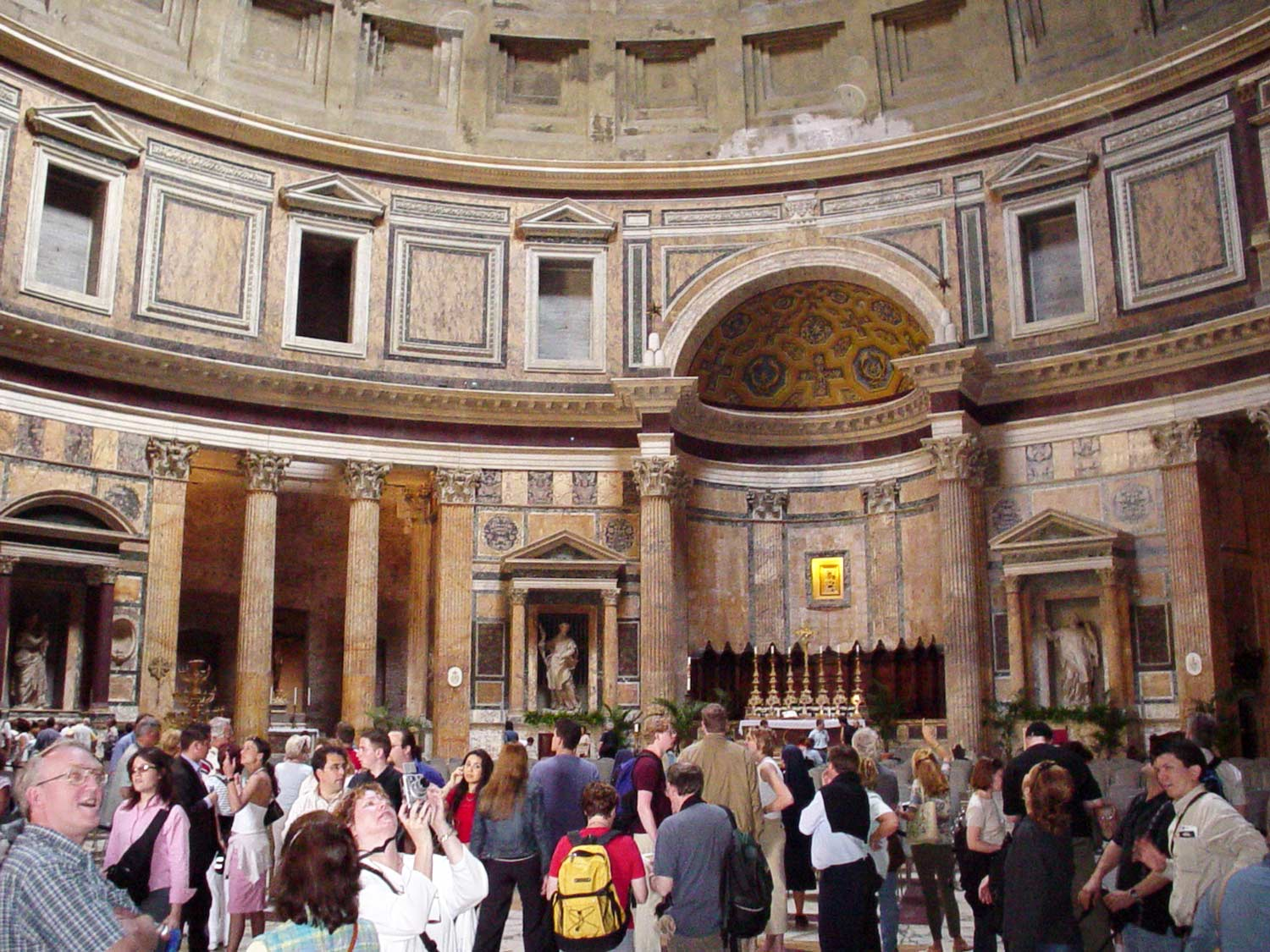roman churches pantheon