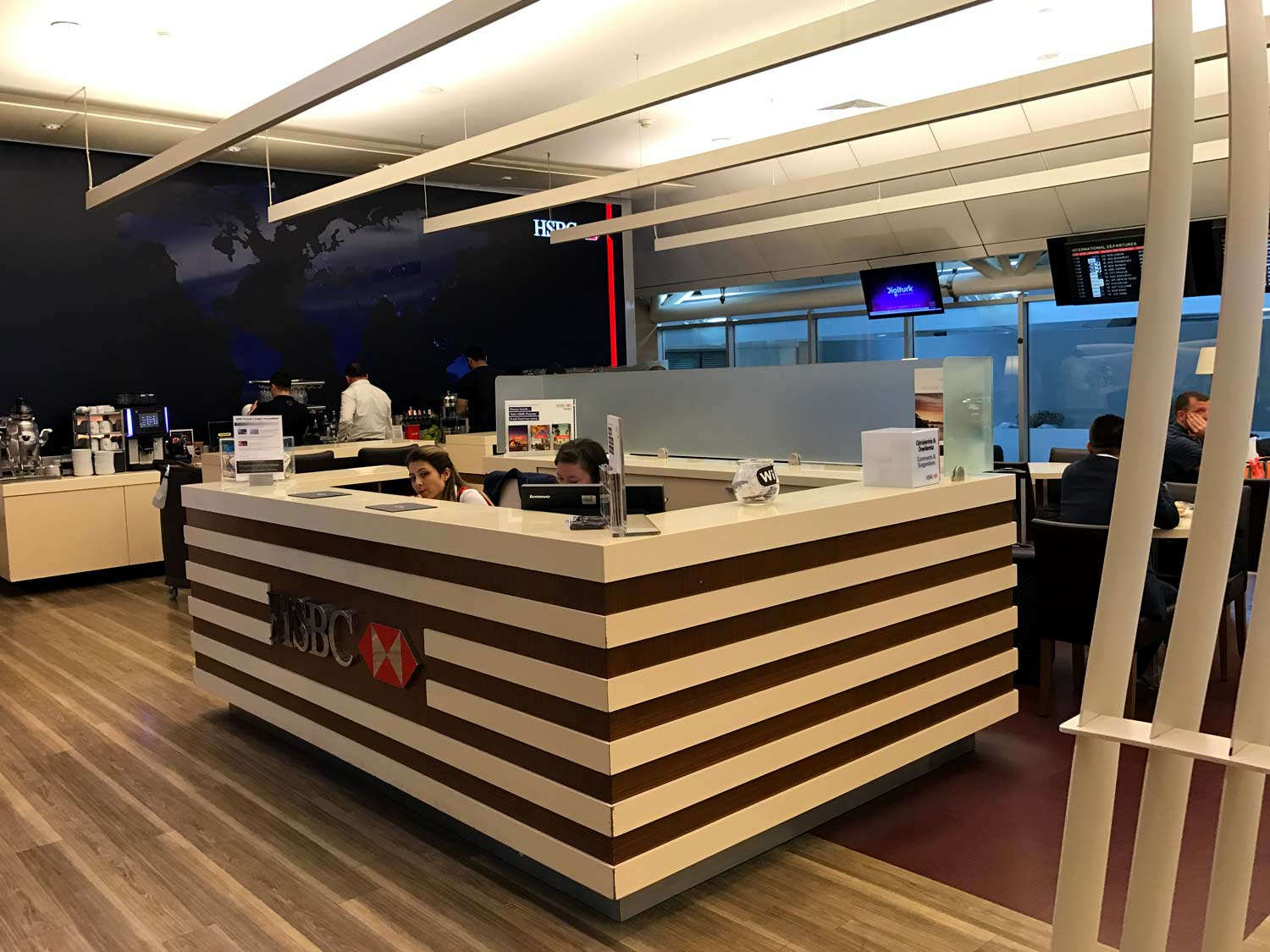 HSBC Premier Lounge Front Desk