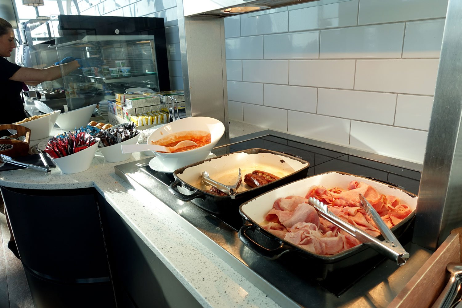 heathrow priority pass lounge - aspire lounge and spa hot food