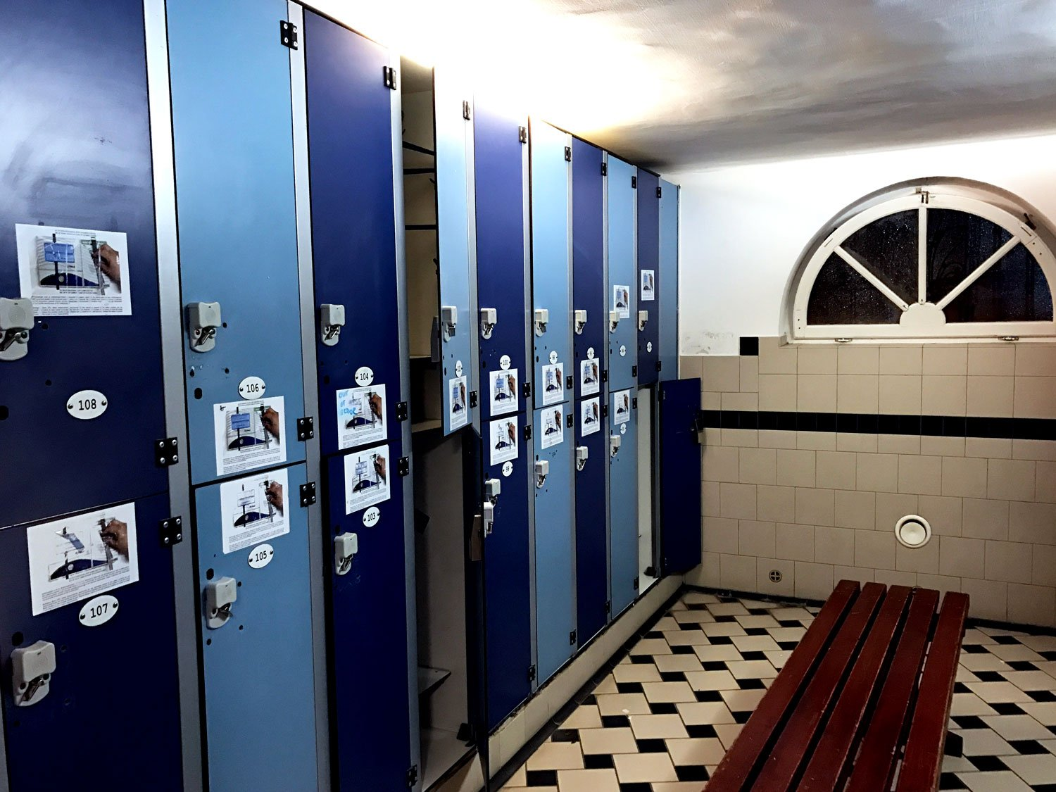 Budapest Pool Party locker