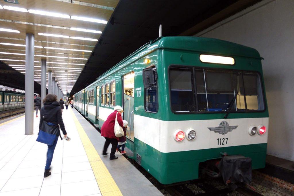 budapest suburban railway HEV
