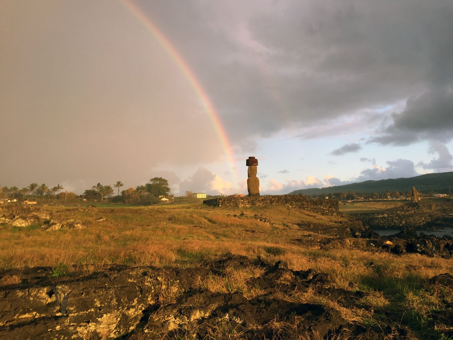 unusual things to do on easter island rainbow