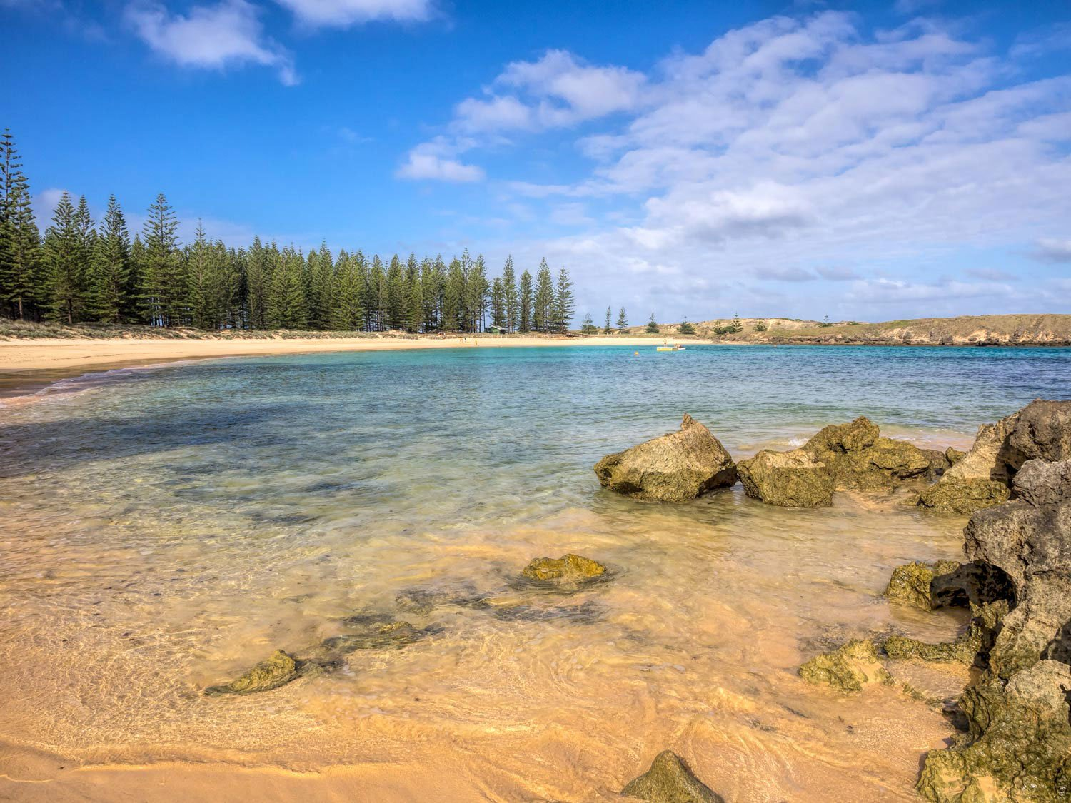 South Pacific Island Vacation destinations - Emily bay norfolk island
