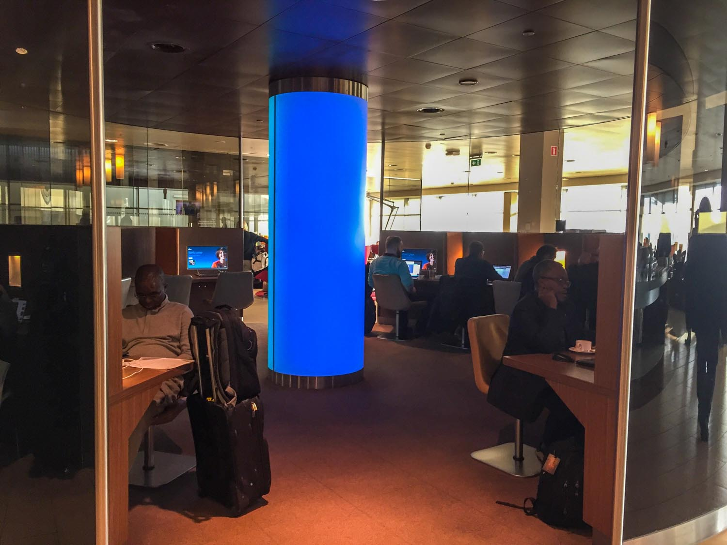 The business area of KLM Crown Lounge 52