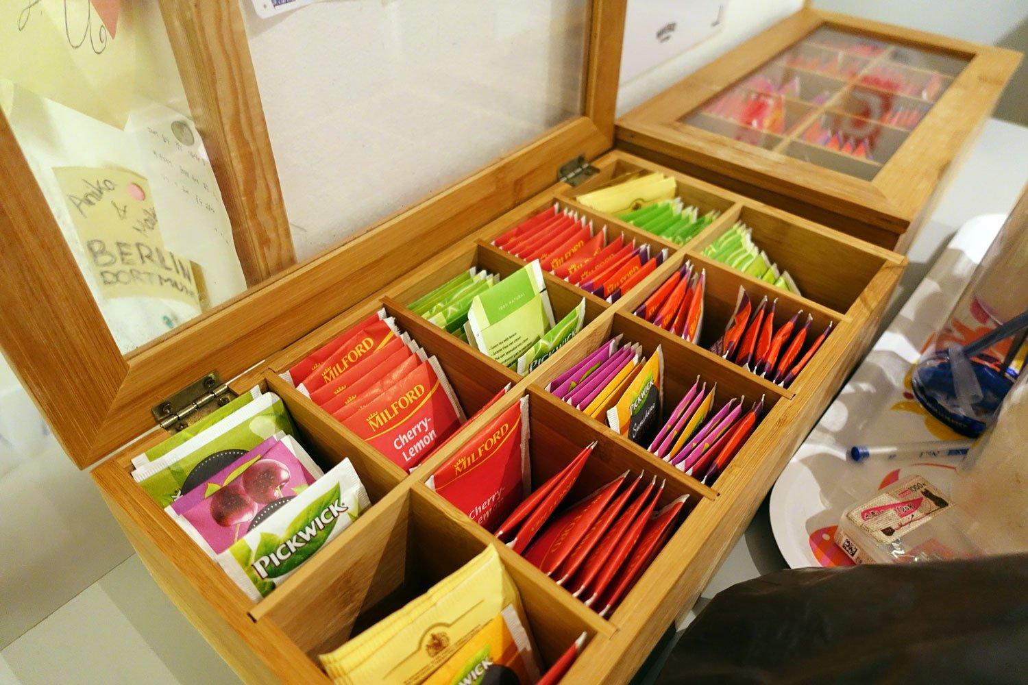 budapest maverick lodge hostel tea selection