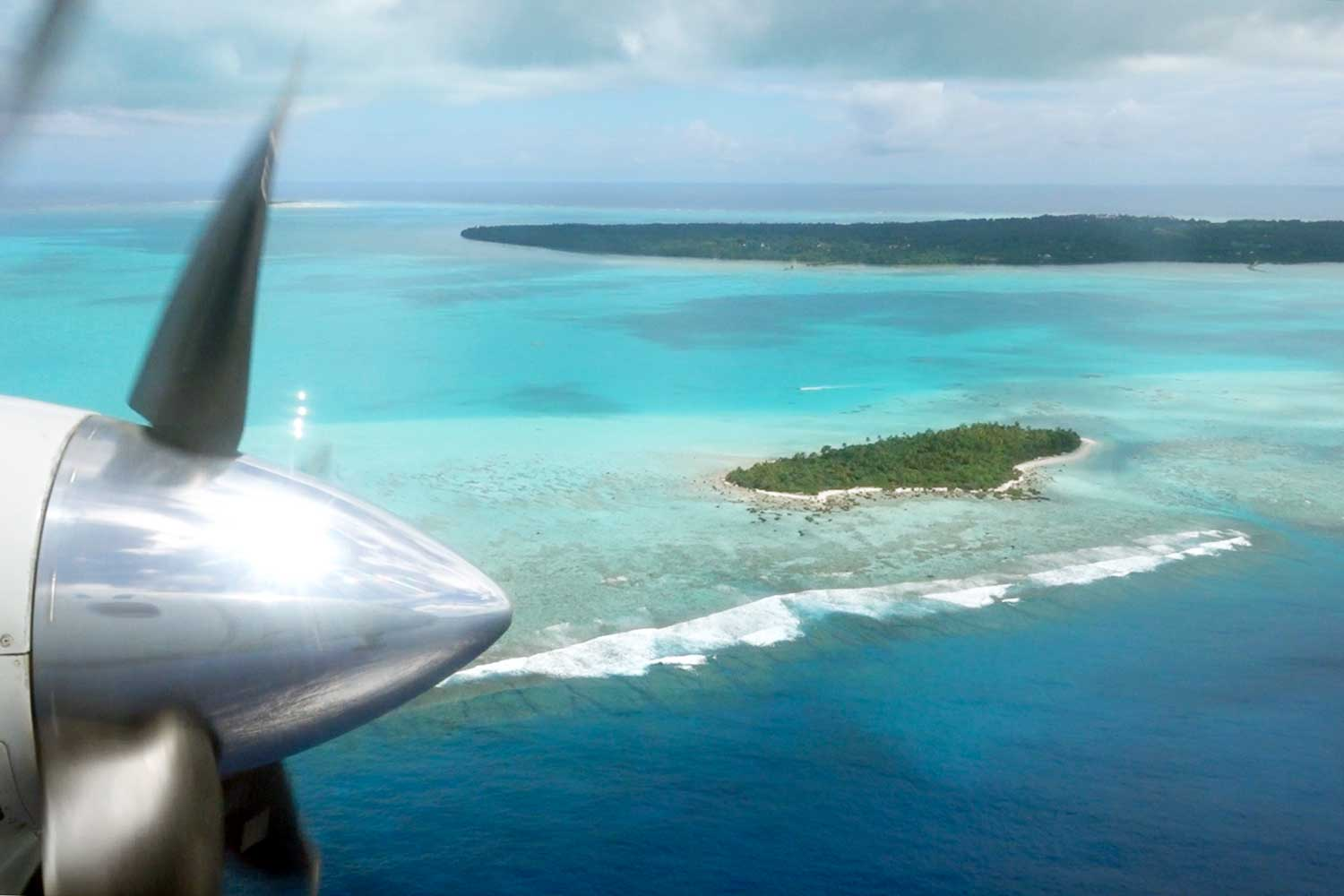 Aitutaki culture flight