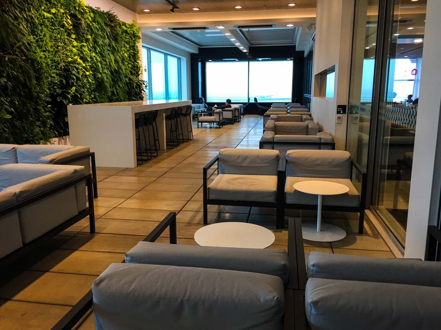 Air New Zealand International Lounge auckland seating