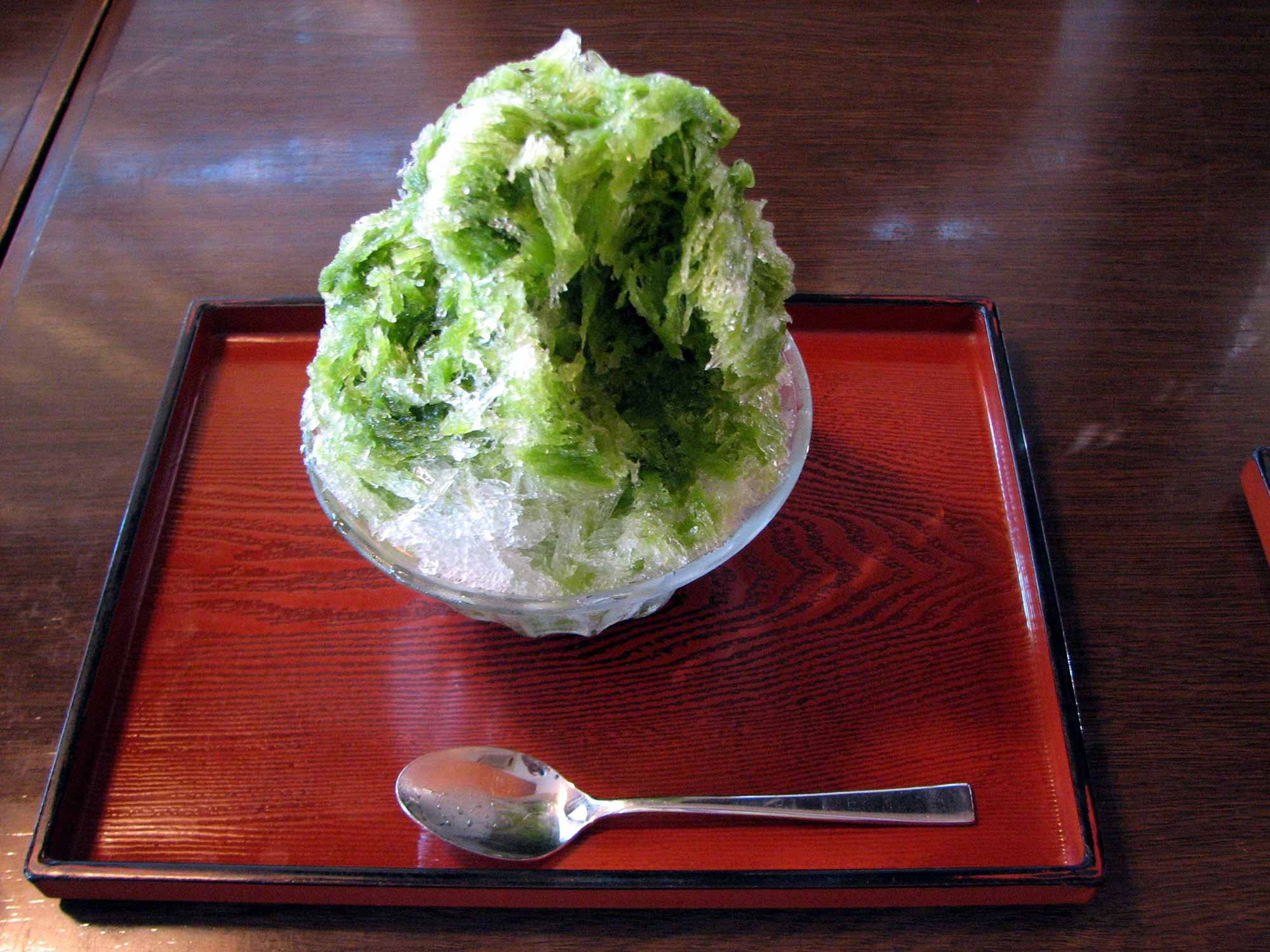 Macha kakigoti snowcone by Chris 73 - CC BY-SA 3.0