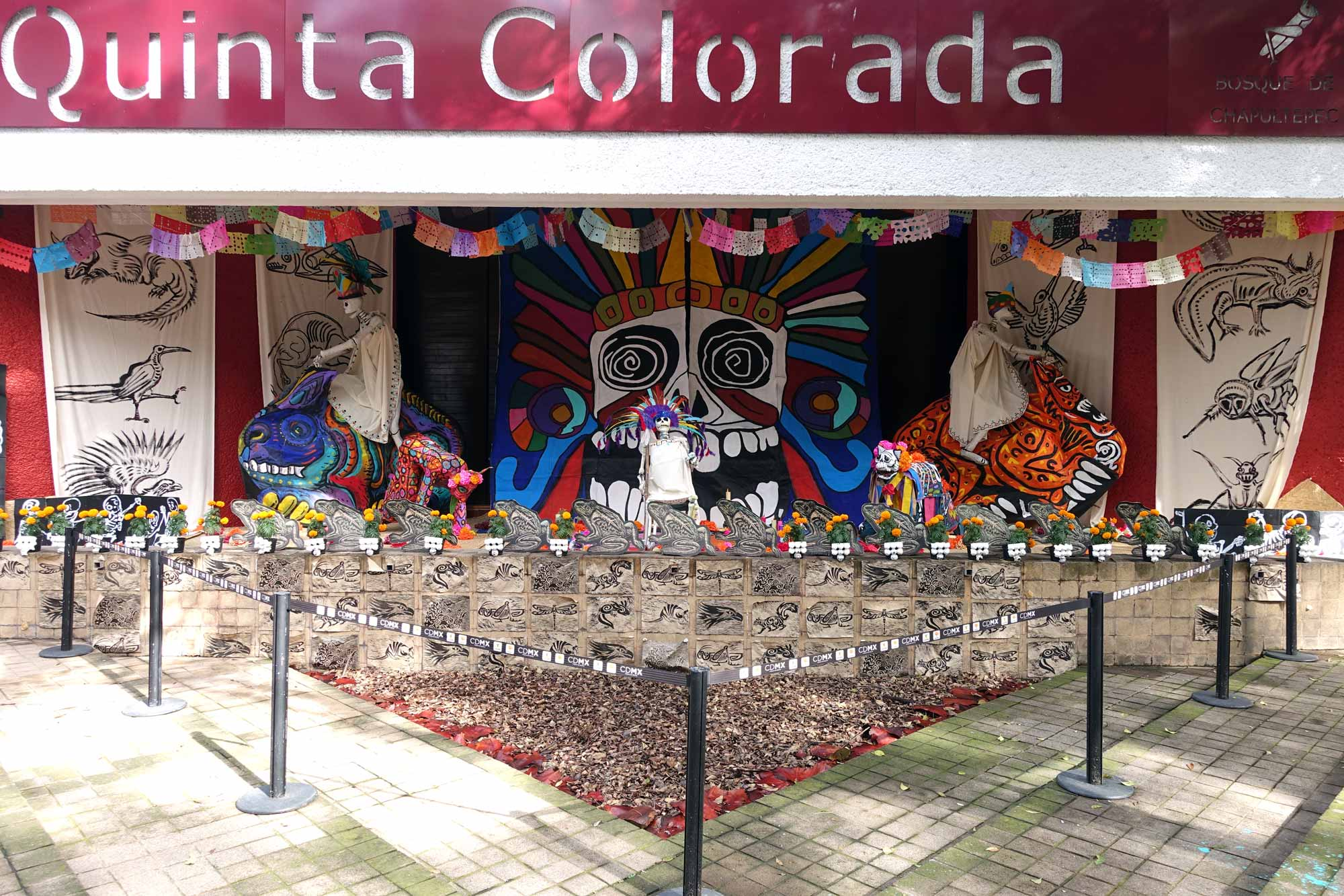 A Day of the dead ofrenda in Chapultapec park