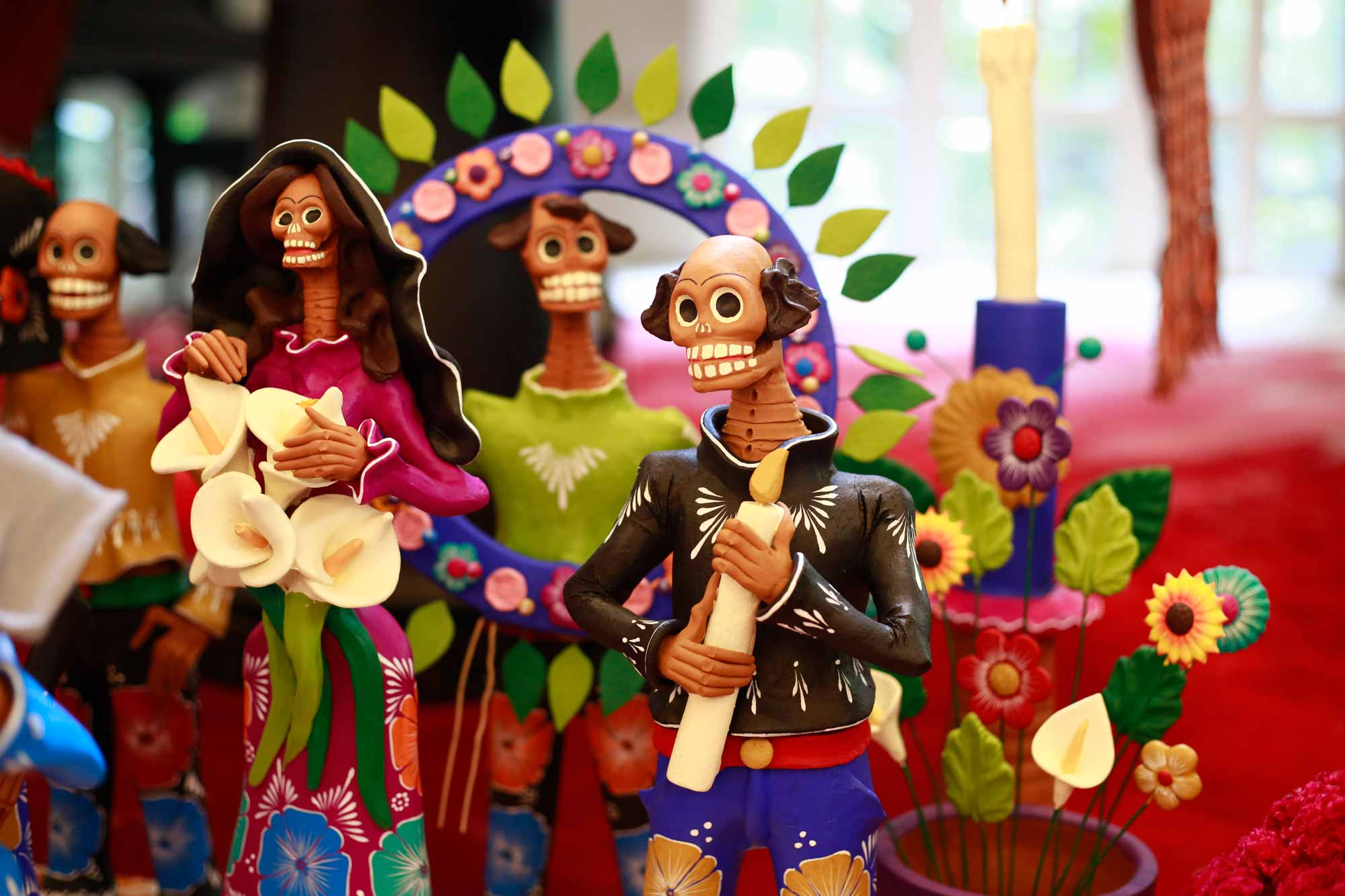An ofrendas dedicated to Frida Kahlo and her husband Diego Rivera