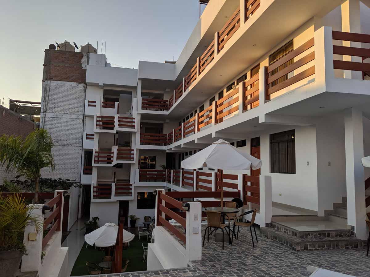 los frayles hotel paracas balconies